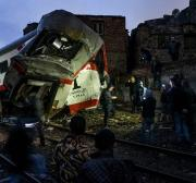 No Egito, opinião pública pede que ministro e Autoridade Ferroviária sejam responsabilizados por acidente de trem
