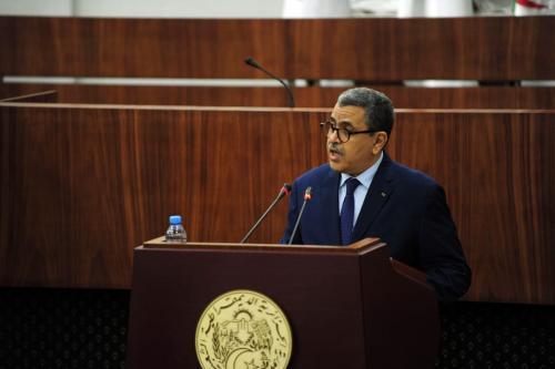O primeiro-ministro da Argélia, Abdelaziz Djerad, em Argel, Argélia, em 10 de setembro de 2020 [Mousaab Rouibi/Agência Anadolu]