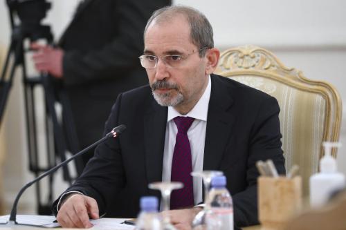 O ministro das Relações Exteriores da Jordânia, Ayman al-Safadi, em Moscou, Rússia, em 3 de fevereiro de 2021 [Ministério das Relações Exteriores da Rússia/Agência Anadolu]