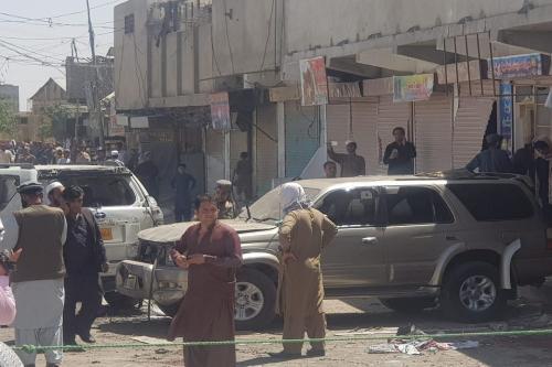 Local da explosão no Paquistão [Mazhar Chandio/Agência Anadolu]