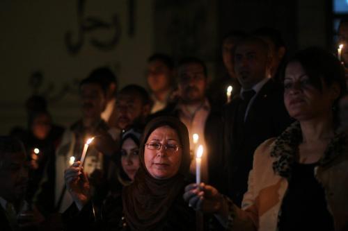 Vigília em solidariedade aos jornalistas egípcios, em frente ao sindicato nacional da categoria, no Cairo, 31 de dezembro de 2012 [Mahmud Hams/AFP via Getty Images]