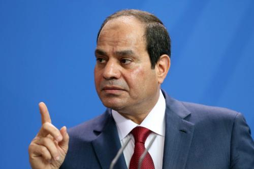 O presidente egípcio Abdel Fattah el-Sisi fala durante uma entrevista coletiva em 3 de junho de 2015 [Adam Berry / Getty Images]