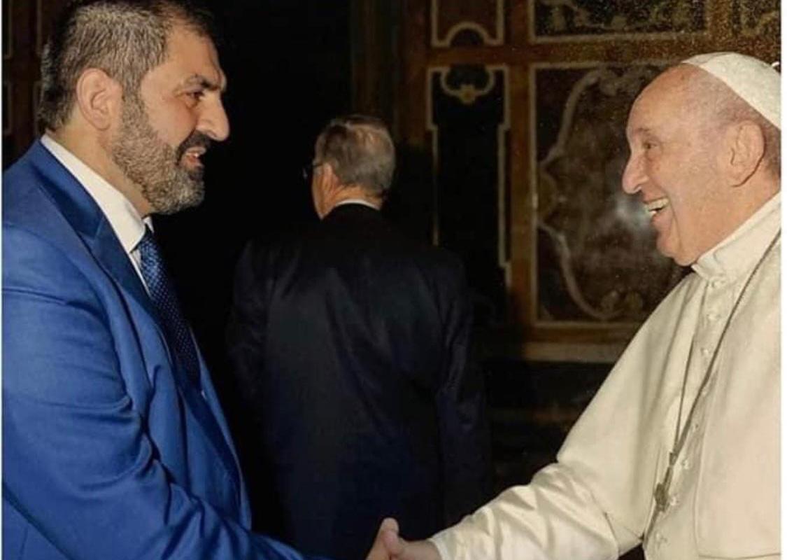 Sheikh Anibal Bachir Bakir é recebido pelo Papa no Vaticano, em novembro de 2019 [Arquivo - CIRA]