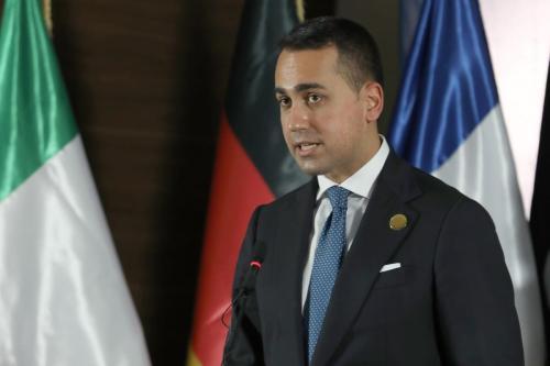O ministro das Relações Exteriores da Itália, Luigi Di Maio, em Trípoli, Líbia, em 25 de março de 2021 [Hazem Turika/Agência Anadolu]