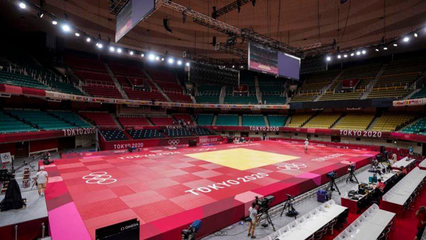 Judocas de Argélia e Sudão se retiram dos jogos olímpicos em boicote a Israel [Estádio Budokan vazio. [Divulgação/ Estádio Budokan]