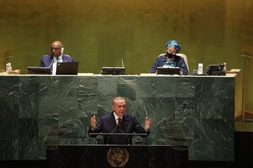 Presidente da Turquia Recep Tayyip Erdogan discursa à 76ª sessão da Assembleia Geral da ONU, em Nova York, Estados Unidos, 21 de setembro de 2021 [Murat Kula/Agência Anadolu]