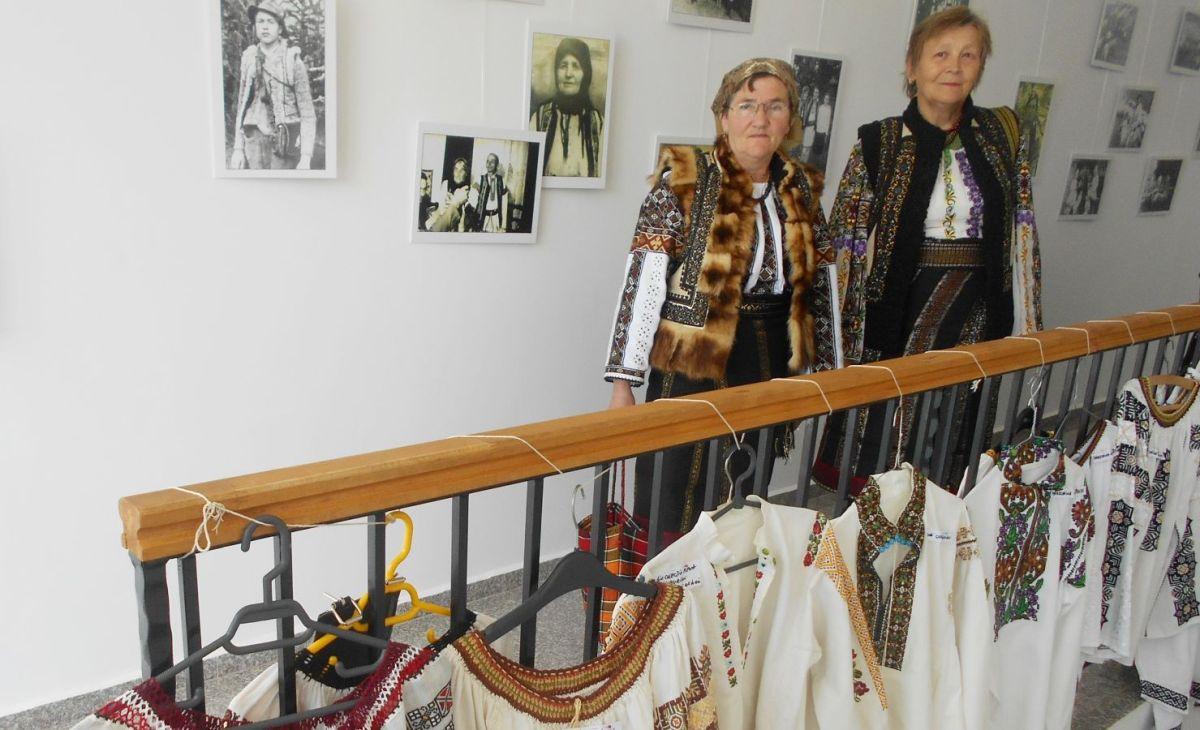 Sărbătoarea Bujorului de Munte de la Șaru Dornei: artă și istorie la poale de Călimani