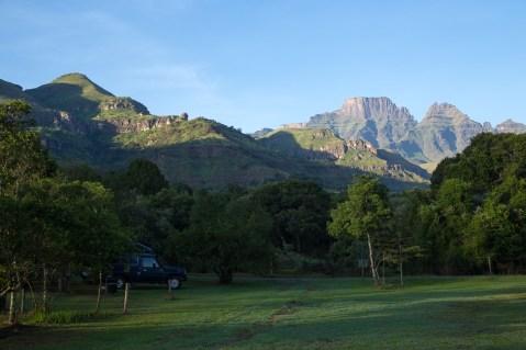 Camping bei Monks Cowl, Drakensberge.