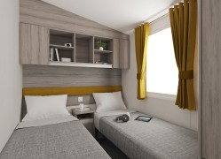 Bedruthan holiday home twin bedroom