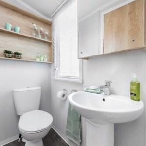 The Harlyn Bathroom 5