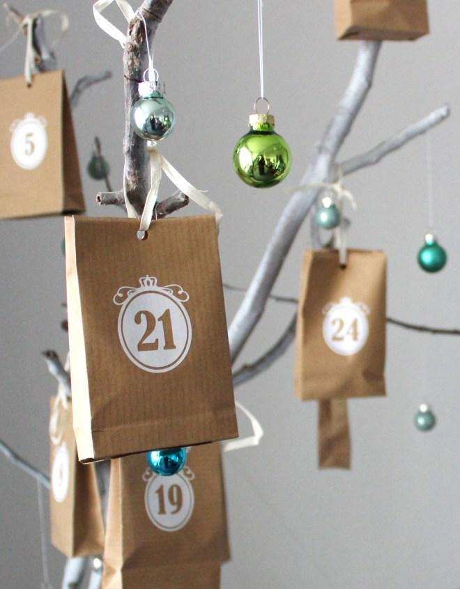 Adventskalender an Zweigen DIY