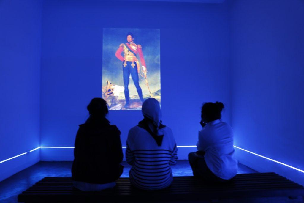 salle projection musée photo madagascar