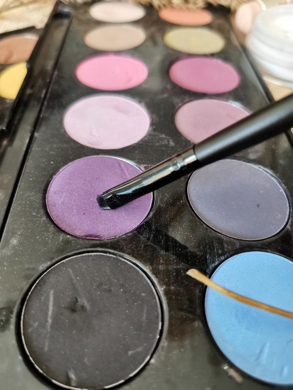 Pinceaux maquillage by passion beauté - Avis - pinceau eyeliner facile - Mon peau de crème
