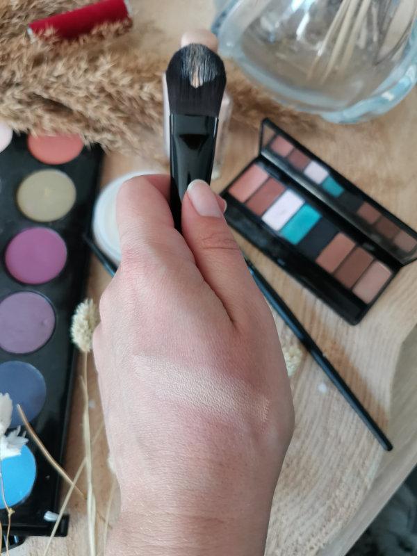 Pinceaux maquillage by passion beauté - Avis - pinceau teint couvrance- Mon peau de crème