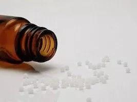 Homéopathie et grossesse : Quels médicaments pour les petites pathologies de la grossesse