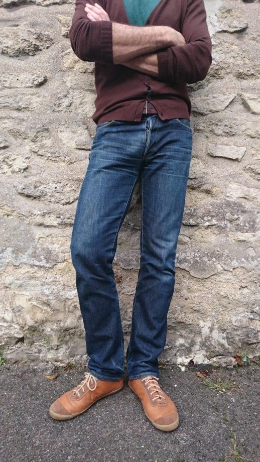 Jeans brut délavé naturellement