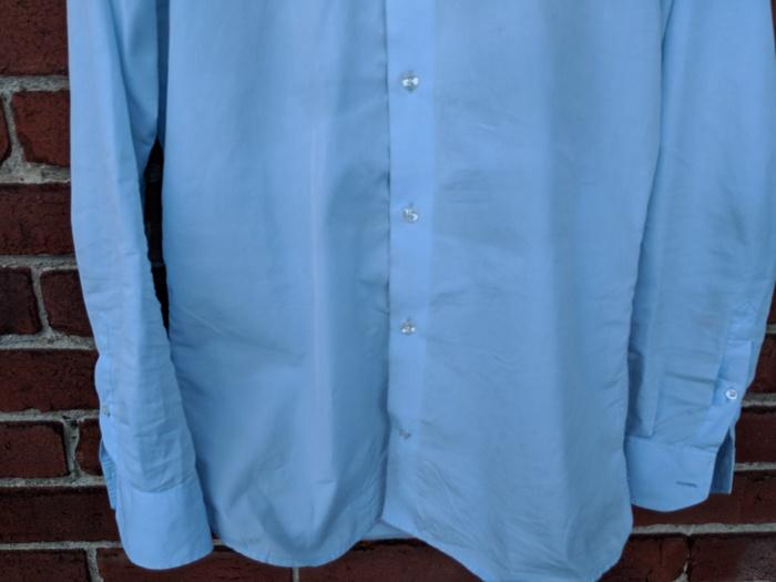 Tache chemise enlevée