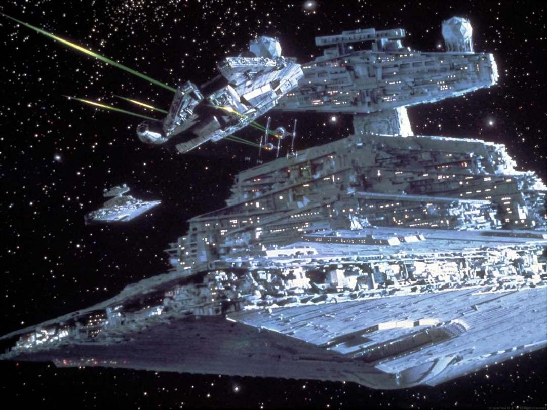 Le Faucon Millenium en mauvaise posture face à des Star Destroyer