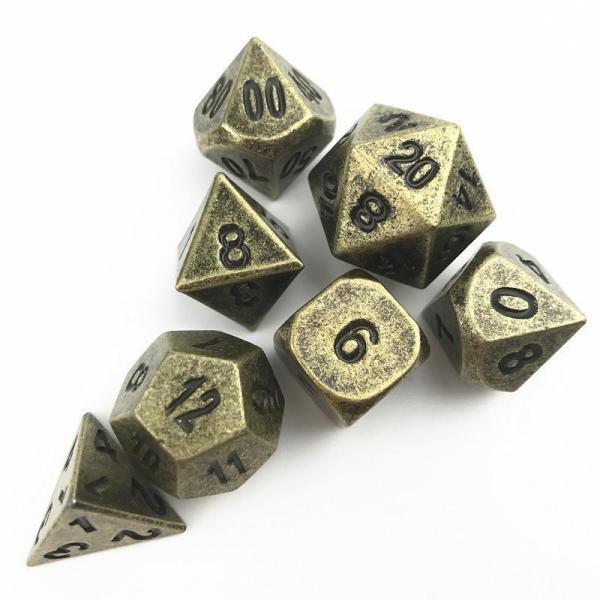 Set de dés en métal vieilli