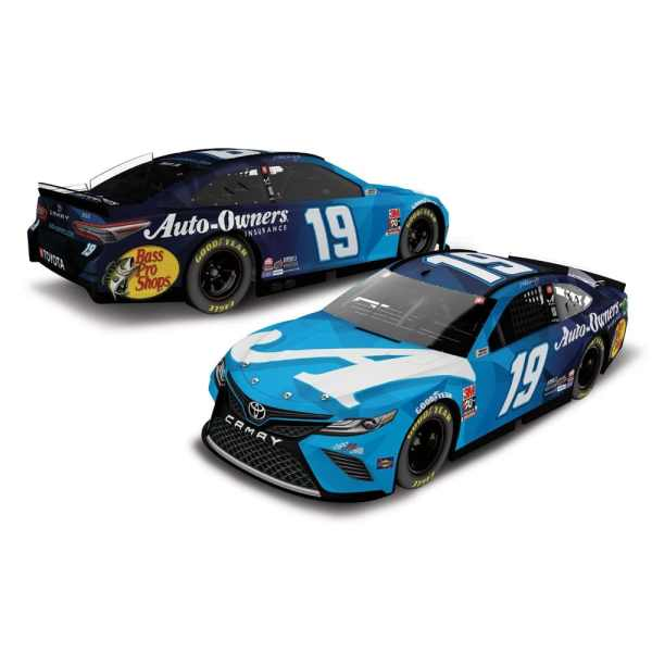 NASCAR 2020 - MARTIN TRUEX JR 2020 AUTO OWNERS 1:64 ARC DIECAST