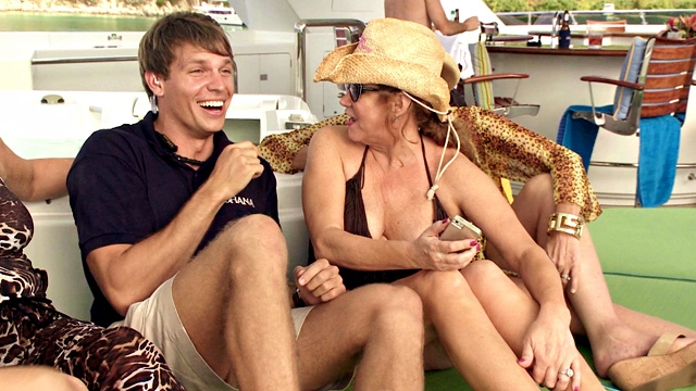 below-deck-season-2-has-a-guest-seduced-andrew
