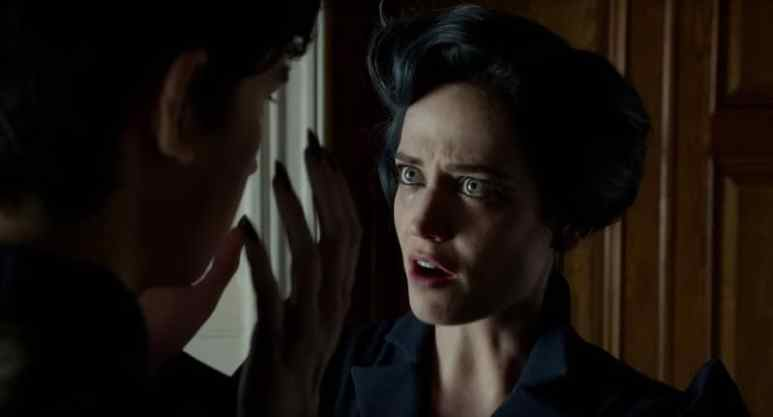 Eva Green in the new Miss Peregrine's Home for Peculiar Children trailer