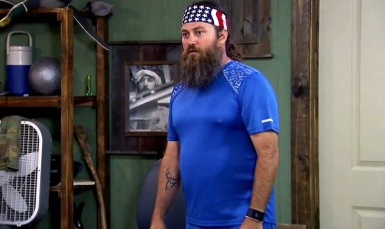 """Willie —who Si dubs """"Vance Armstrong"""" —in his slightly too tight cycling kit on tonight's Duck Dynasty"""