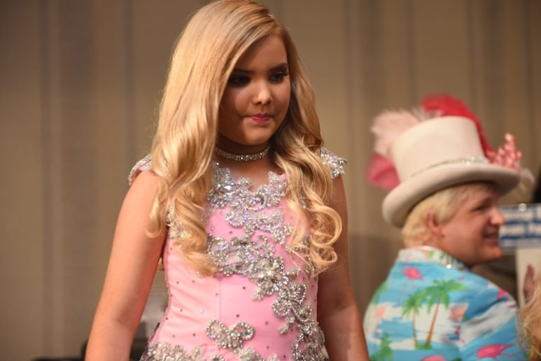 Eden Wood as a judge at Universal Royalty on tonight's episode of Toddlers & Tiaras