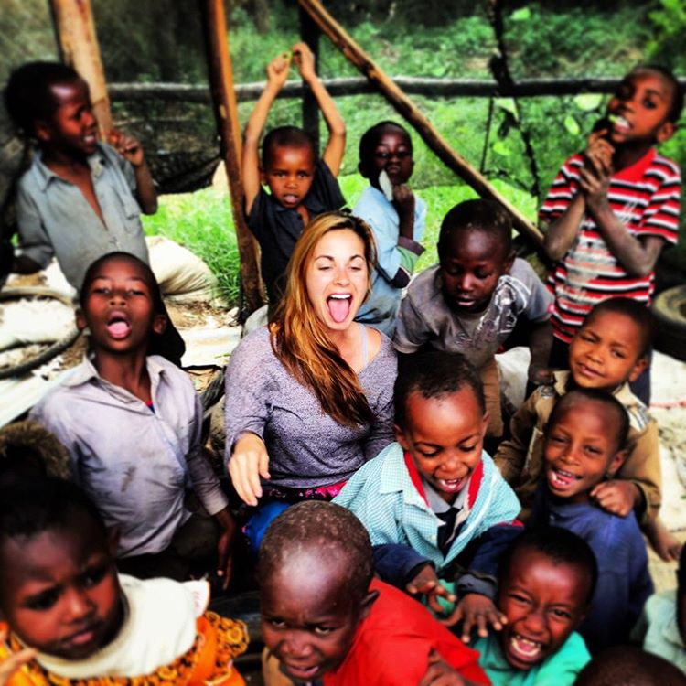 Liz volunteering with children in Naivasha, Kenya
