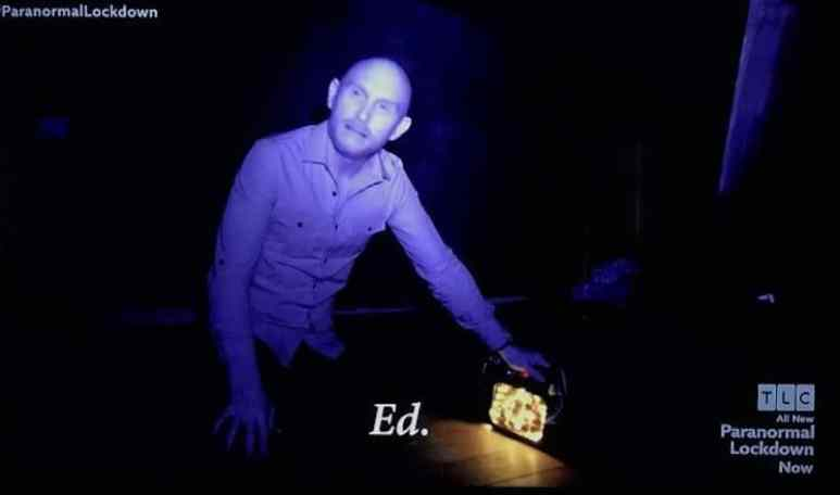 Steve using the wonder box with Nick and Katrina on Paranormal Lockdown