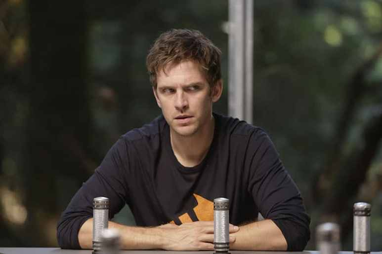 "LEGION – ""Chapter 3"" – Season 1, Episode 3 (Airs Wednesday, February 22, 10:00 pm/ep) – Pictured: Dan Stevens as David Haller. CR: Michelle Faye/FX"