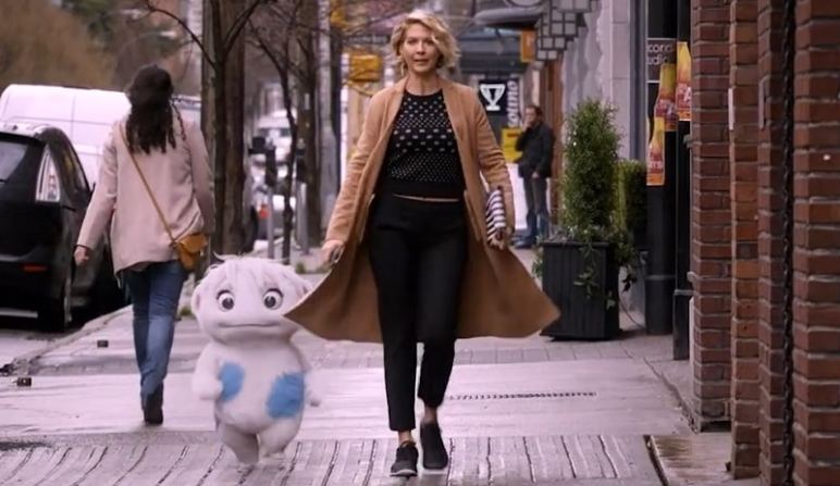 New sitcom Imaginary Mary, starring Jenna Elfman, premieres on ABC