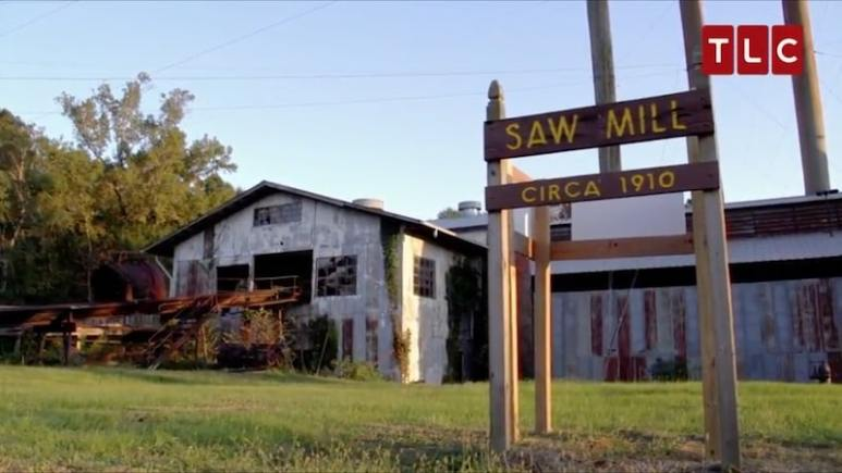 The exterior of the Long Leaf Sawmill in Louisiana