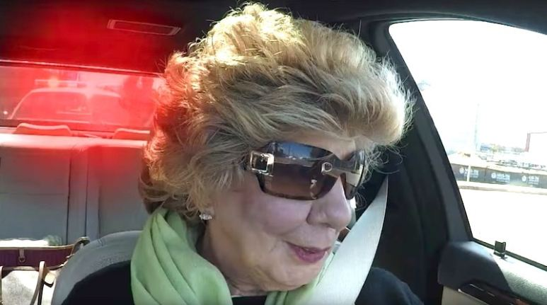Nanny Faye stops the car after being pulled over by cops on the Chrisley Knows Best finale