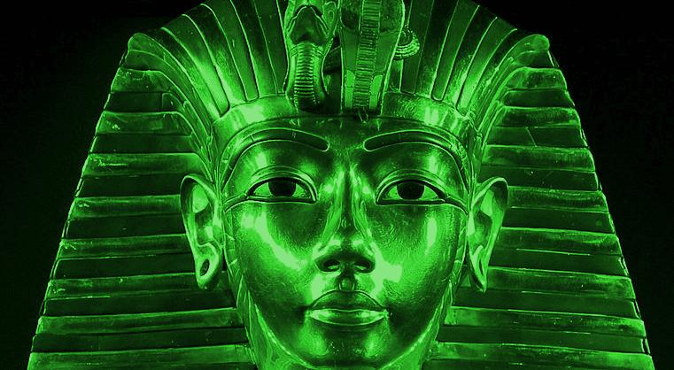 Egyptian pharaoh Tutankhamun's golden death mask on Ancient Aliens