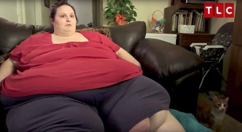 Dottie when she appeared on My 600-lb Life, before she lost some of her weight