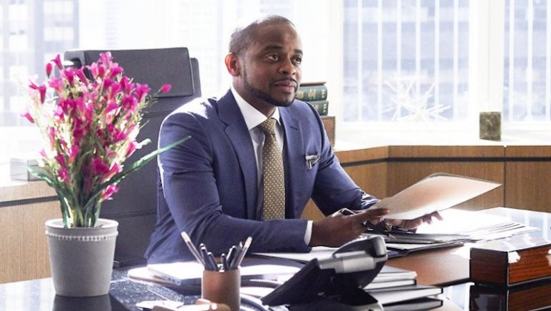 Dulé Hill as Alex Williams on Season 7 of Suits