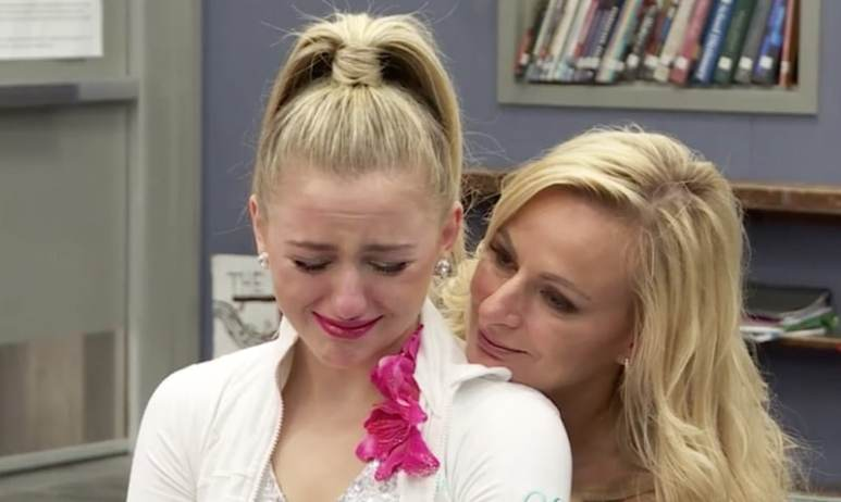 Chloe and Christi Lukasiak on the season finale of Dance Moms