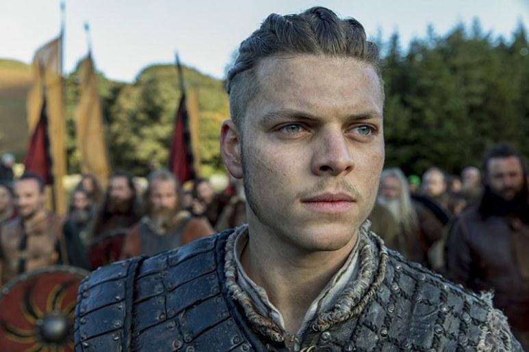 Ivar the Boneless played by Alex Høgh Andersen