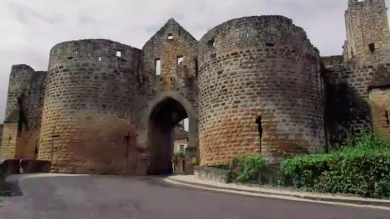 Templar prison at Domme on The Curse of Oak Island