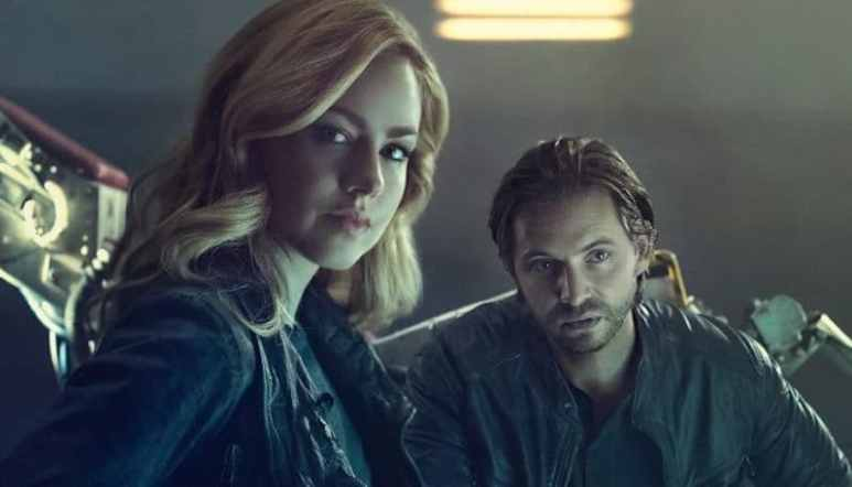 Railly and Cole on 12 Monkeys