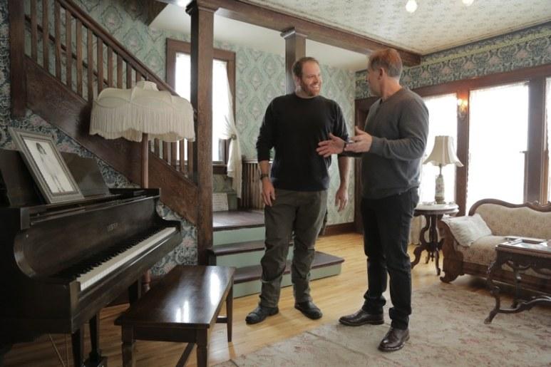 Josh Gates visits the Judy Garland Museum with Joe Maddelena