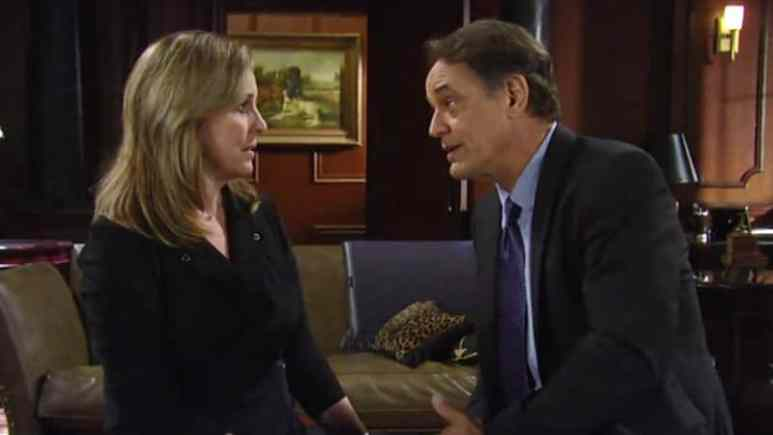 Genie Francis and Jon Lindstrom as Laura and Kevin Collins on General Hospital