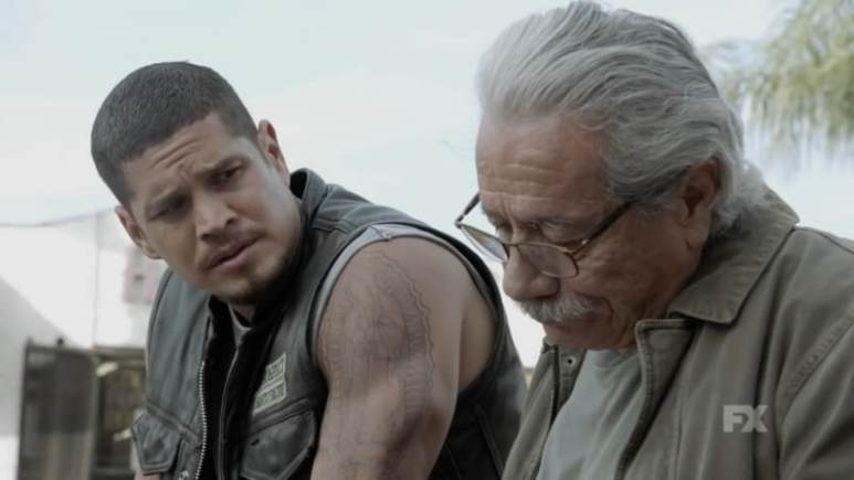 Still Image: Mayans M.C. Season 1 Ep. 5 Uch/Opossum Preview. EZ and Felipe Reyes discuss Emily Thomas. Pic Credit: FX