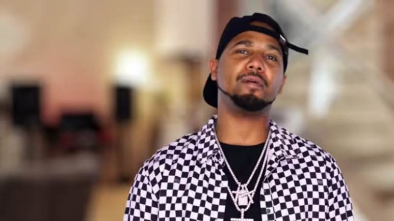 Juelz Santana in the Love & Hip Hop confessional