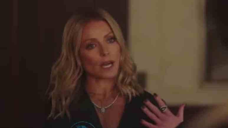 Kelly Ripa joins husband Mark Consuelos on Riverdale