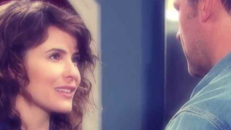 Sarah and Eric talk on Day of our Lives