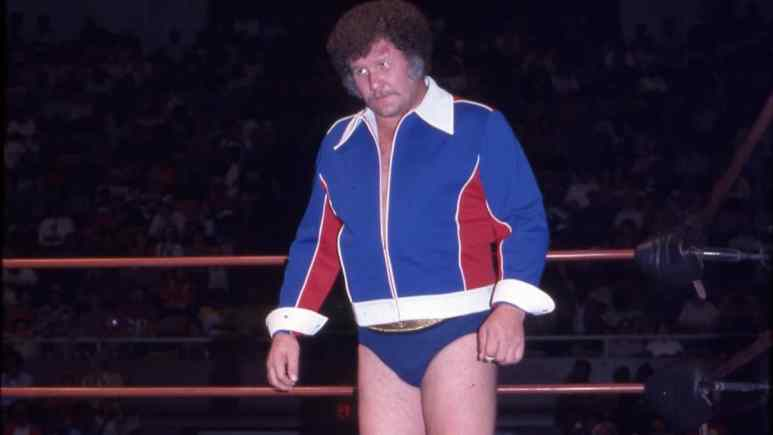 WWE Hall of Fame legend Harley Race reportedly diagnosed with terminal lung cancer