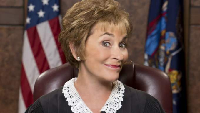 judge judy's new look features a ponytail: see the reactions