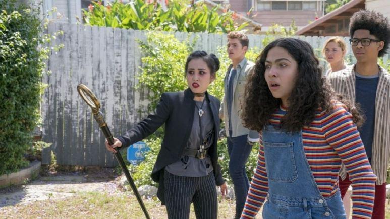 Marvel's Runaways: Gregg Sulkin, Lyrica Okano, Virginia Gardner, Allegra Acosta, and Rhenzy Feliz.